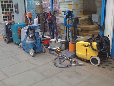 Advantages and Disadvantages of Industrial Vacuum Cleaners